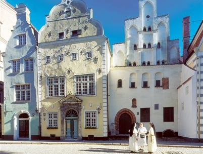 Top! Cycle the Baltics: Lithuania - Latvia - Estonia (11 days guided tour from Vilnius)