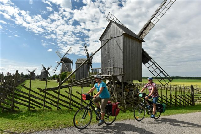 Top! Cycle the Baltics 2020: Lithuania - Latvia - Estonia (11 days guided tour from Vilnius)