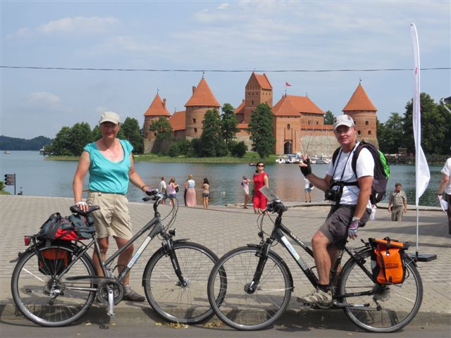 2021 - Cycle the Baltics: Lithuania, Latvia, Estonia (Vilnius-Tallinn) - 11-day self-guided supported